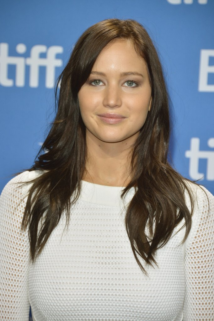 Jennifer Lawrence debuted dark hair.