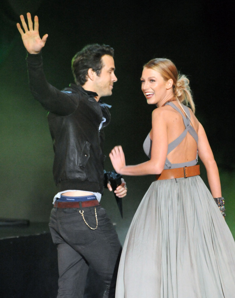 Blake Lively and Ryan Reynolds linked arms at Spike's Scream Awards in October 2010.