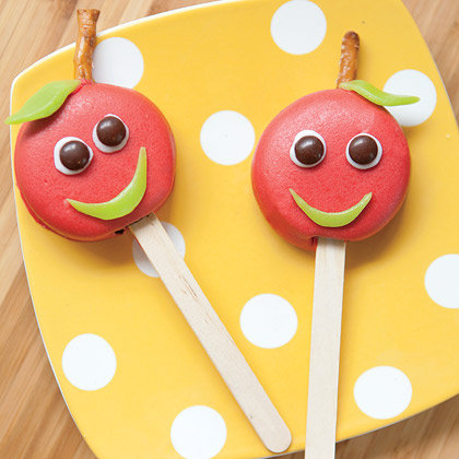 Candy Apple Cookie Pops