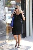 Reese Witherspoon Accessorizes Her Baby Bump With a Bright Smile