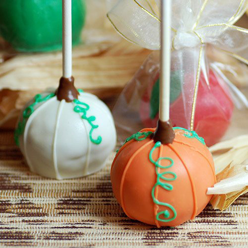 ... own pops? Order these adorable brownie pumpkin pops from Beau Coup