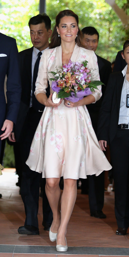 Jenny Packham created an Asian-influenced pink kimono style dress especially for Kate.