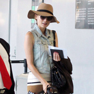 Diane Kruger Flying Out of Toronto | Pictures