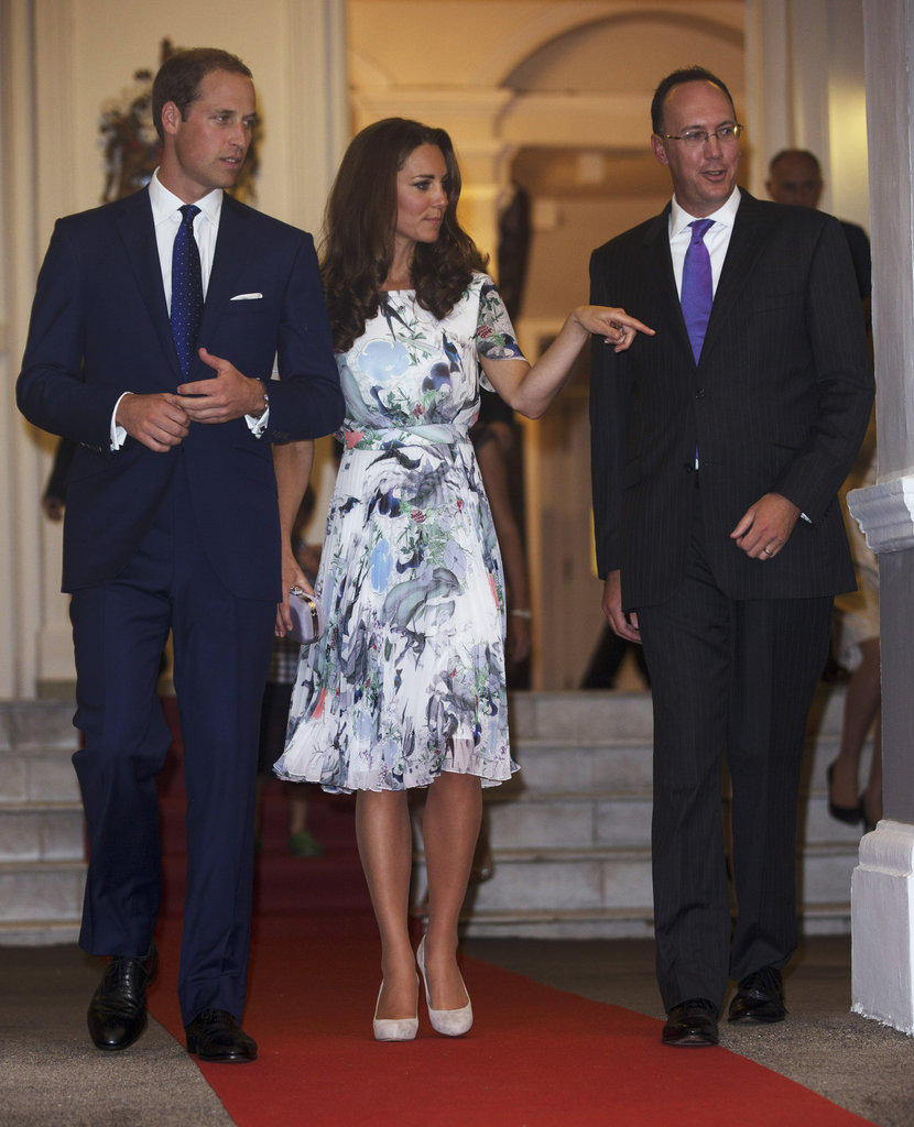 Kate Middleton and Prince William atended a dinner at the British High Commissioners residence in Singapore.