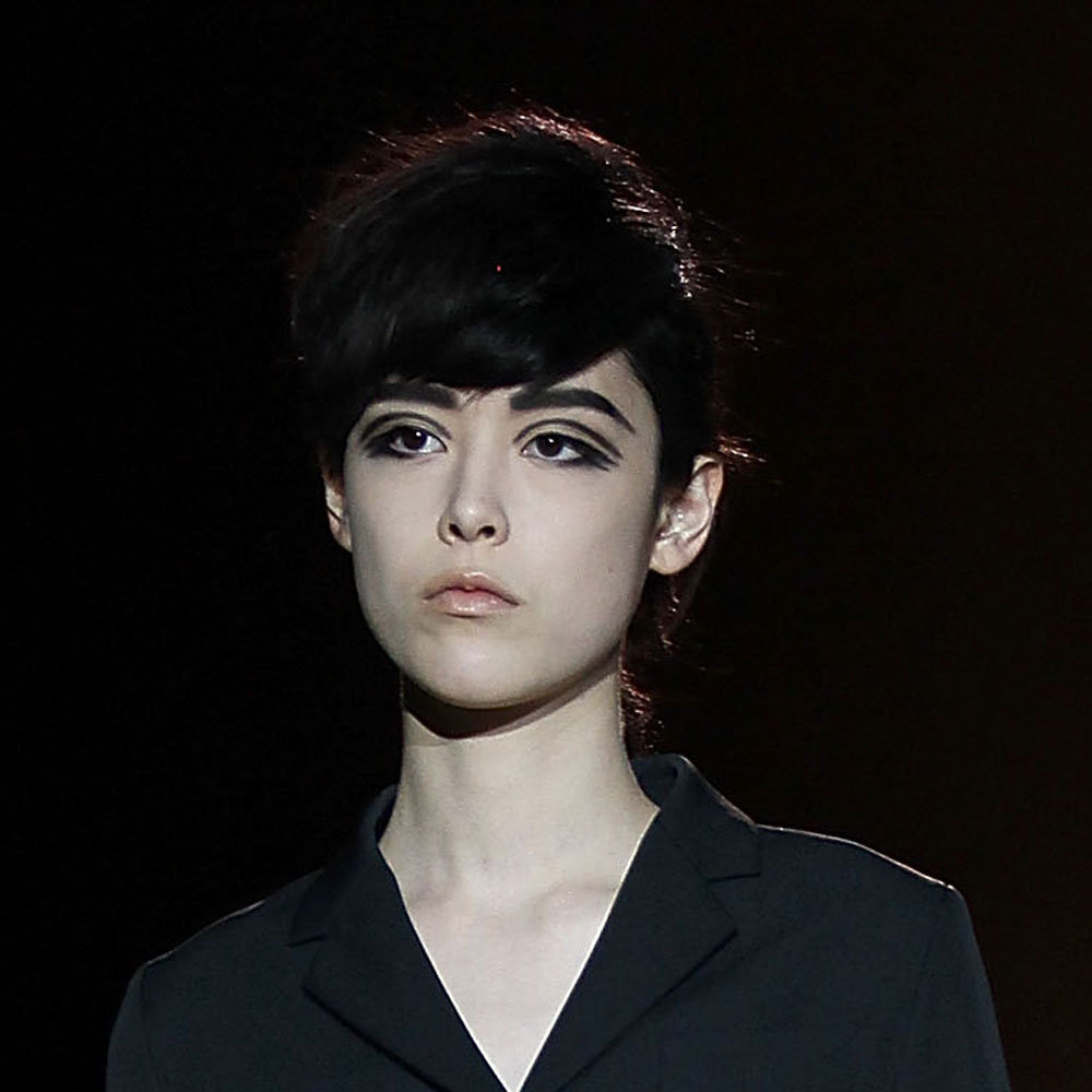 '60s Inspired Makeup & a Very Cool Bouffant at Marc Jacobs