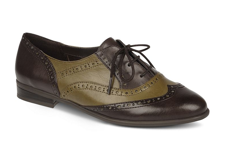 Pairing two of our go-to Fall colors (chocolate brown and olive green) together, this menswear-inspired oxford flat will bode well for all your layered looks. Etienne Aigner Kimber Oxford Flats ($79)