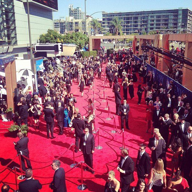 Kelly Osbourne snapped a shot of the red carpet from her bird's-eye view. Source: Instagram user kellyosbourne