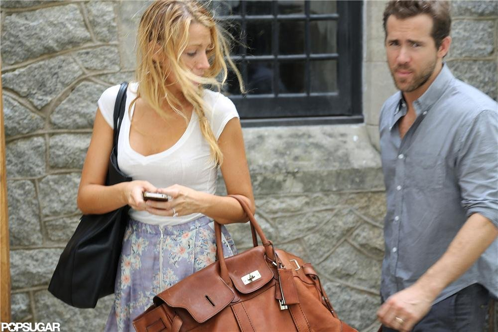 Blake Lively and Ryan Reynolds showed off their new wedding rings. Source: Alex Gutierrez