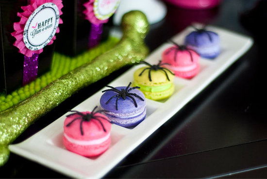 Sparkly Spider Macarons