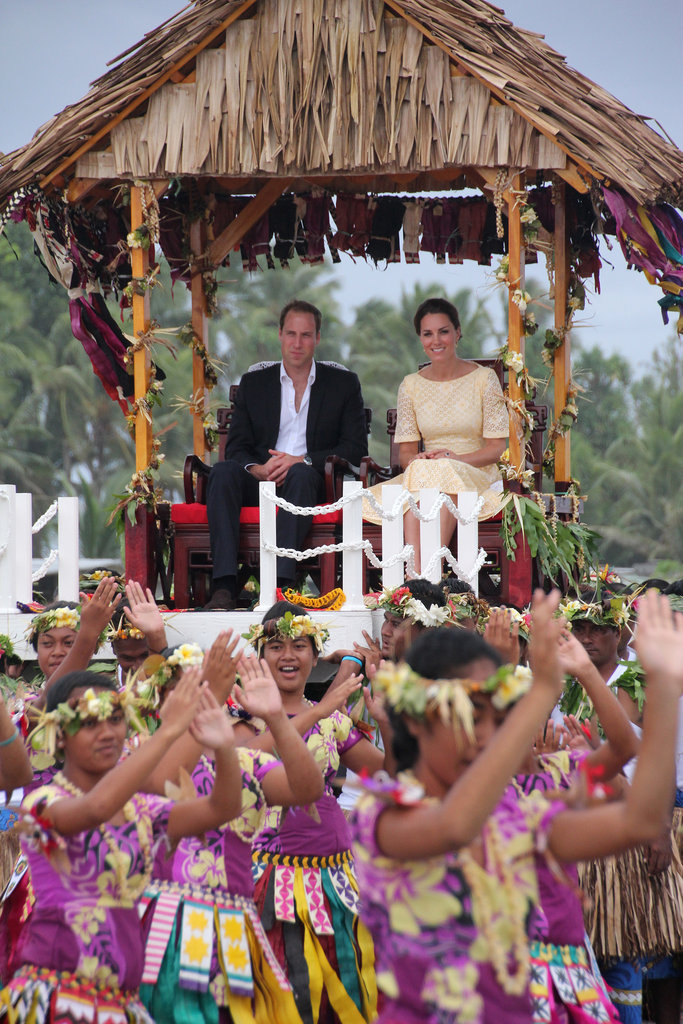 Prince William and Kate Middleton arrived in Tuvalu by elevated hut.