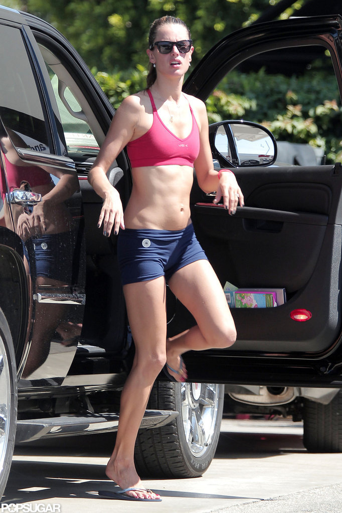 Alessandra Ambrosio Pairs a Sports Bra and Short Shorts For Yoga