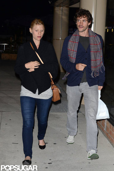 Pregnant Claire Danes went for a walk with her husband.