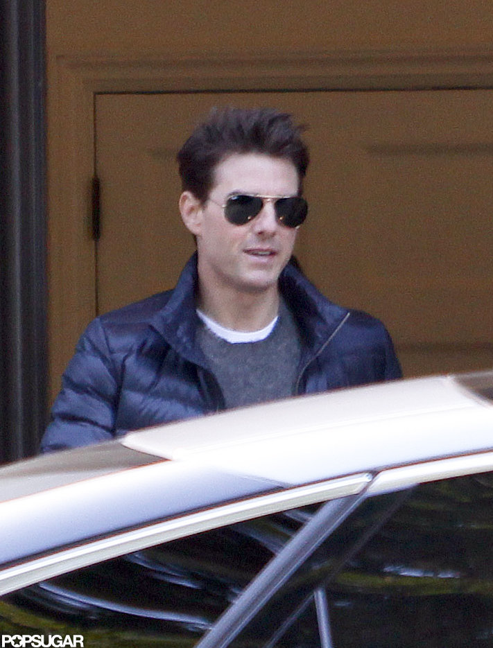 Tom Cruise wore a down jacket in London.