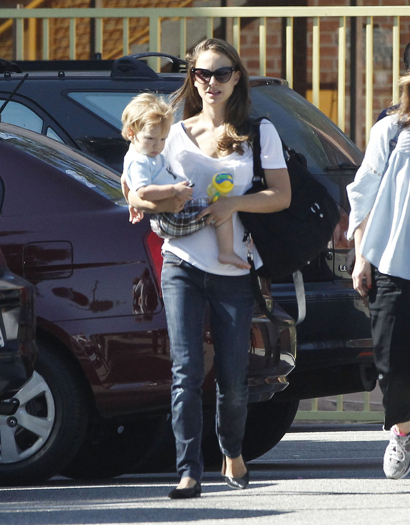 Natalie Portman walked through an LA parking lot with Aleph Millepied.