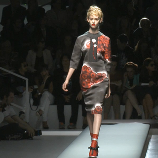 Prada Spring 2013 Runway (Video)
