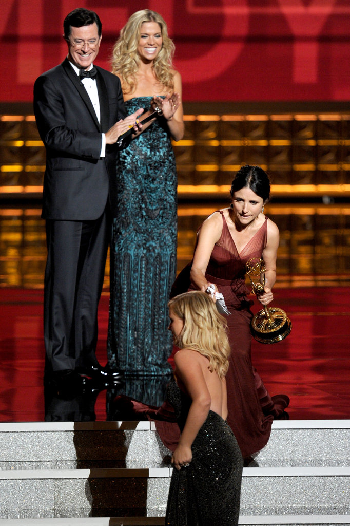 "Julia Louis-Dreyfus ""accidentally"" swapped acceptance speeches with Amy Poehler."