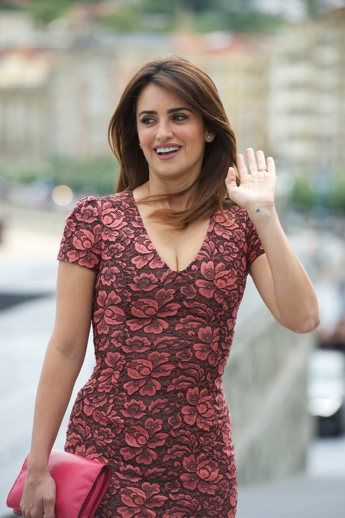 Penelope Cruz waved to the cameras in Spain.