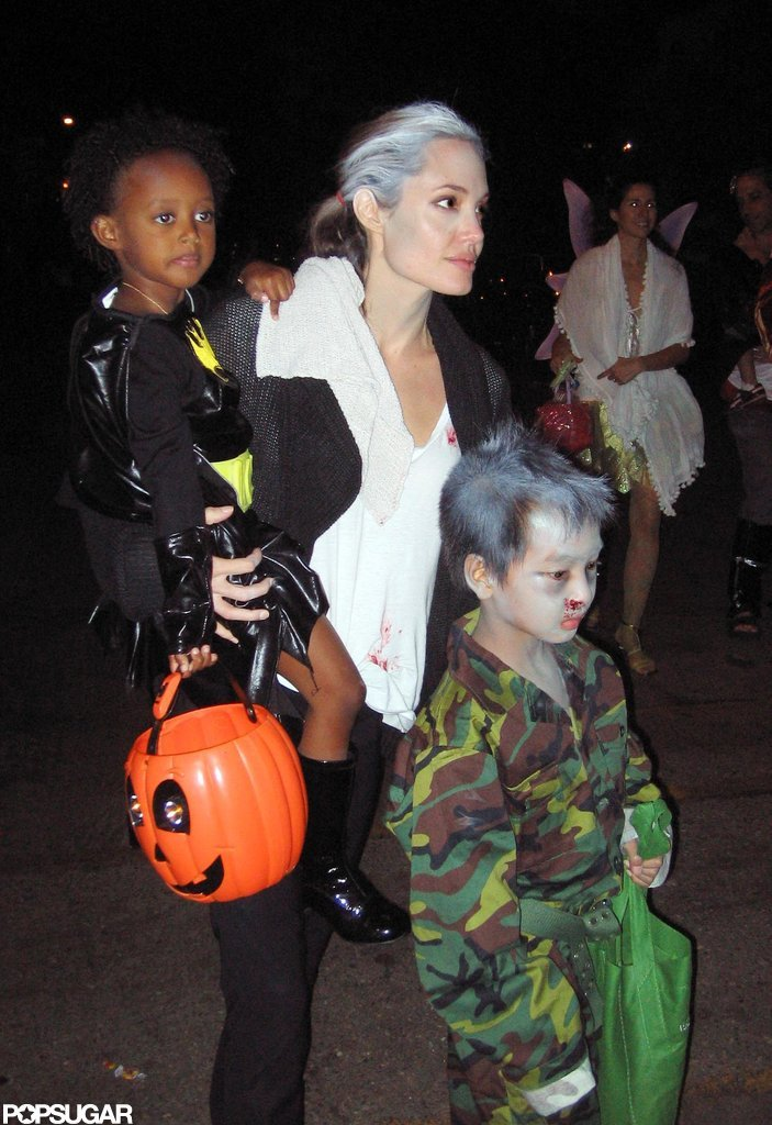 Angelina Jolie kept Maddox and Zahara close in LA on Oct. 31, 2009.
