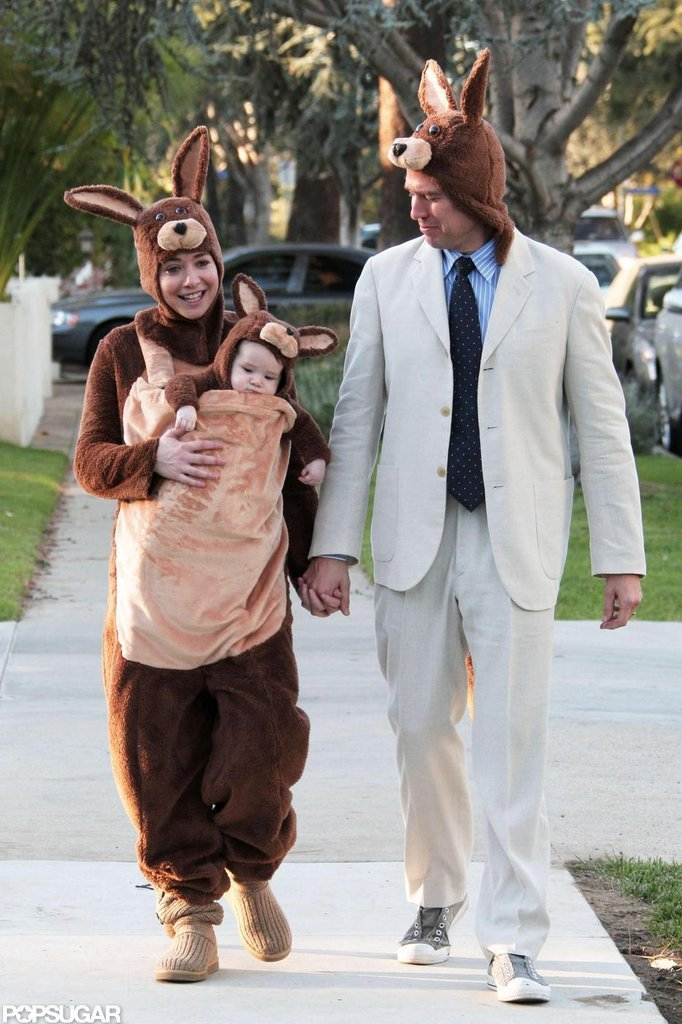 Alyson Hannigan and Alexis Denisof took their daughter Satyana trick-or-treating in LA in 2009.