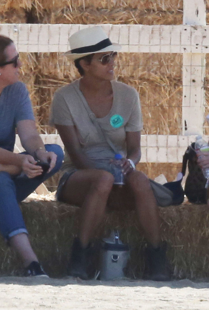 Halle Berry took a seat while Nahla Aubrey played.