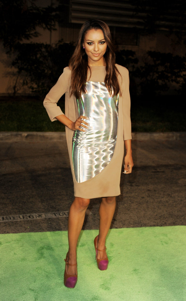 Kat Graham kept all eyes on her with the help of a shiny metallic-infused shiftdress. Although, her magenta platform pumps certainly livened up the look, too.