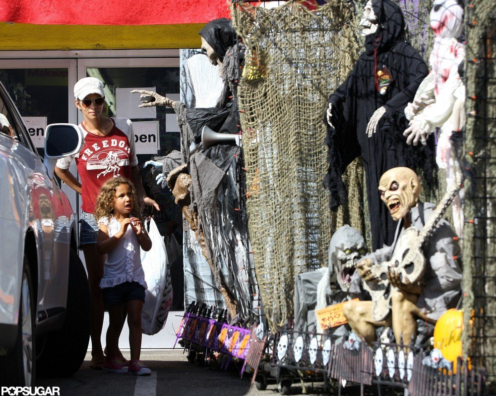 Halle Berry Shops Halloween Costumes With Nahla