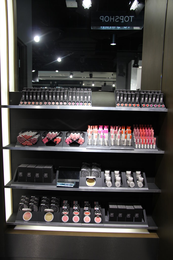 First Look at Topshop Sydney's Beauty Range!