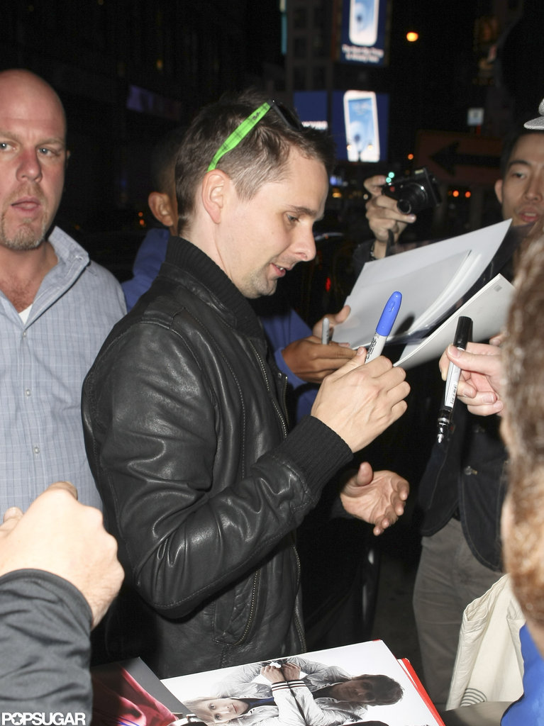 Matthew Bellamy caught up with fans after an SNL party in NYC.
