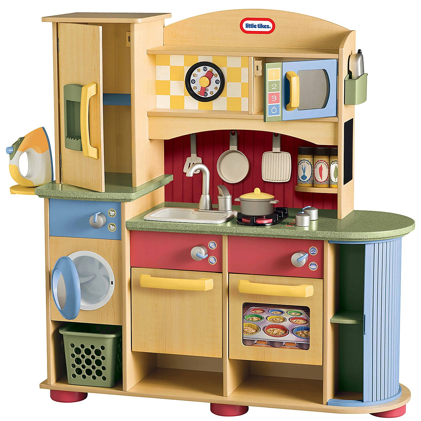 Little tikes deluxe wooden kitchen and laundry center for Kitchen set for 1 year old