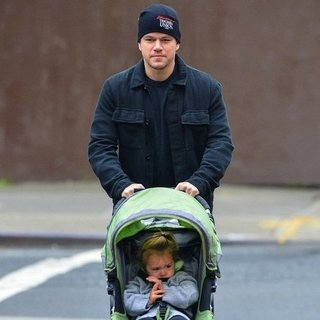 Matt Damon Walking Daughter in NYC | Pictures