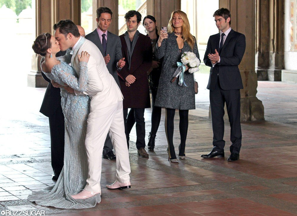 Leighton Meester as Blair, Ed Westwick as Chuck, Desmond Harrington as Jack, Penn Badgley as Dan, Michelle Trachtenberg as Georgina, Blake Lively as Serena, and Chace Crawford as Nate on Gossip Girl.