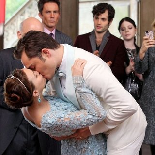 Gossip Girl Blair and Chuck Wedding | Pictures