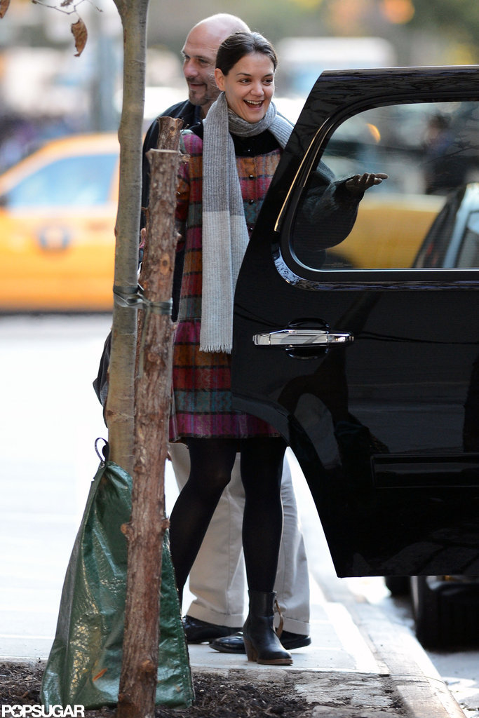 Katie Holmes Cracks Up After the School Run With Suri