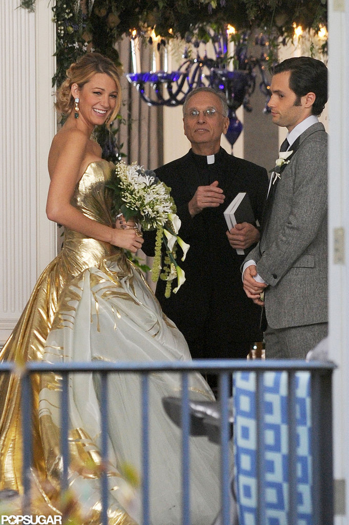 Blake Lively smiled in her wedding dress on the set of Gossip Girl.
