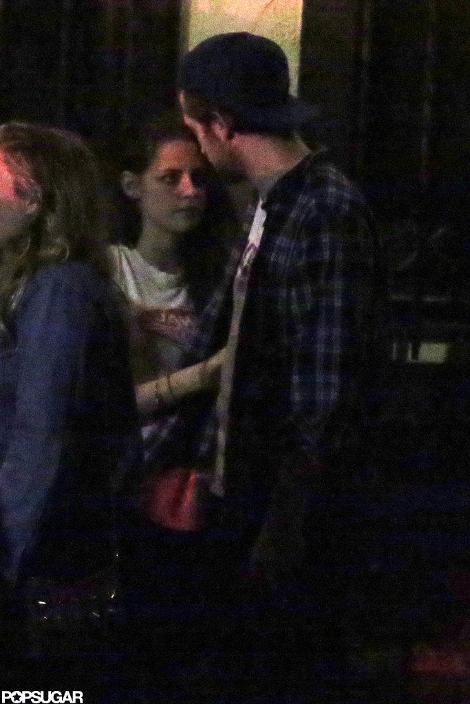 Kristen Stewart and Robert Pattinson chatted in LA.