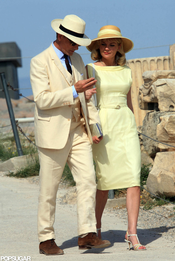 Kirsten Dunst and Viggo Mortensen took a stroll while filming in Greece.
