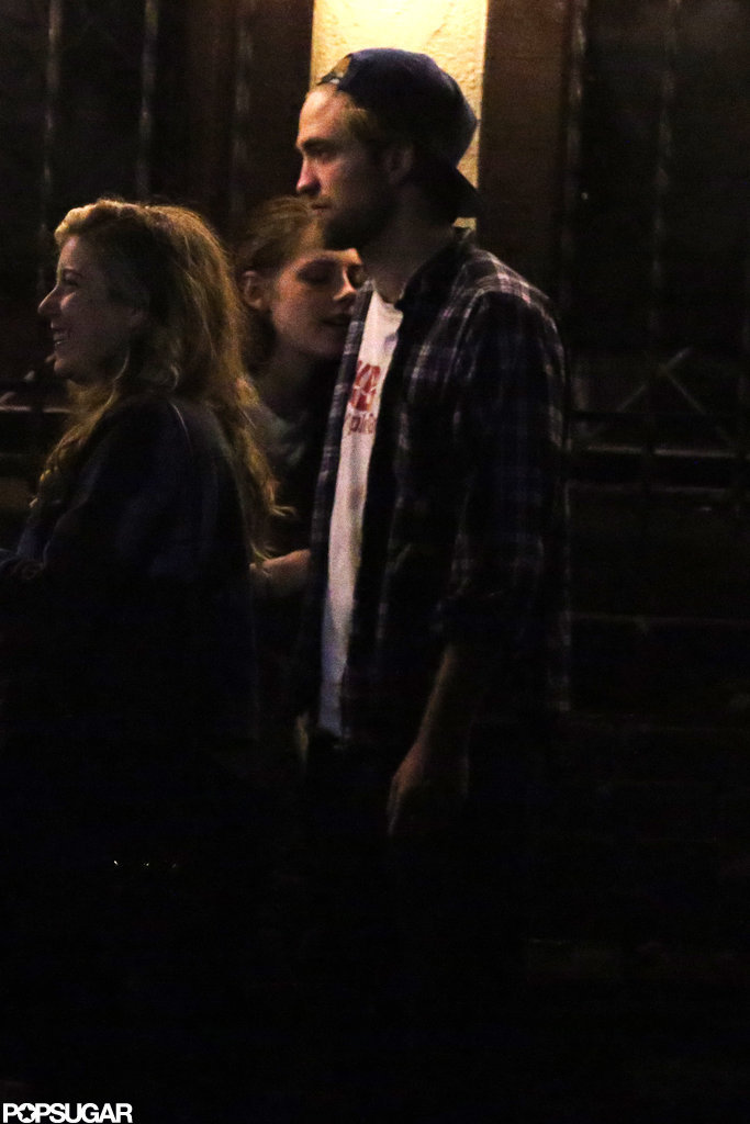 Kristen Stewart and Robert Pattinson hung out outside a bar.