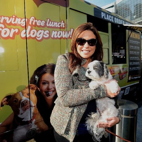 Rachael Ray's Woof Wagon Pet Food Truck