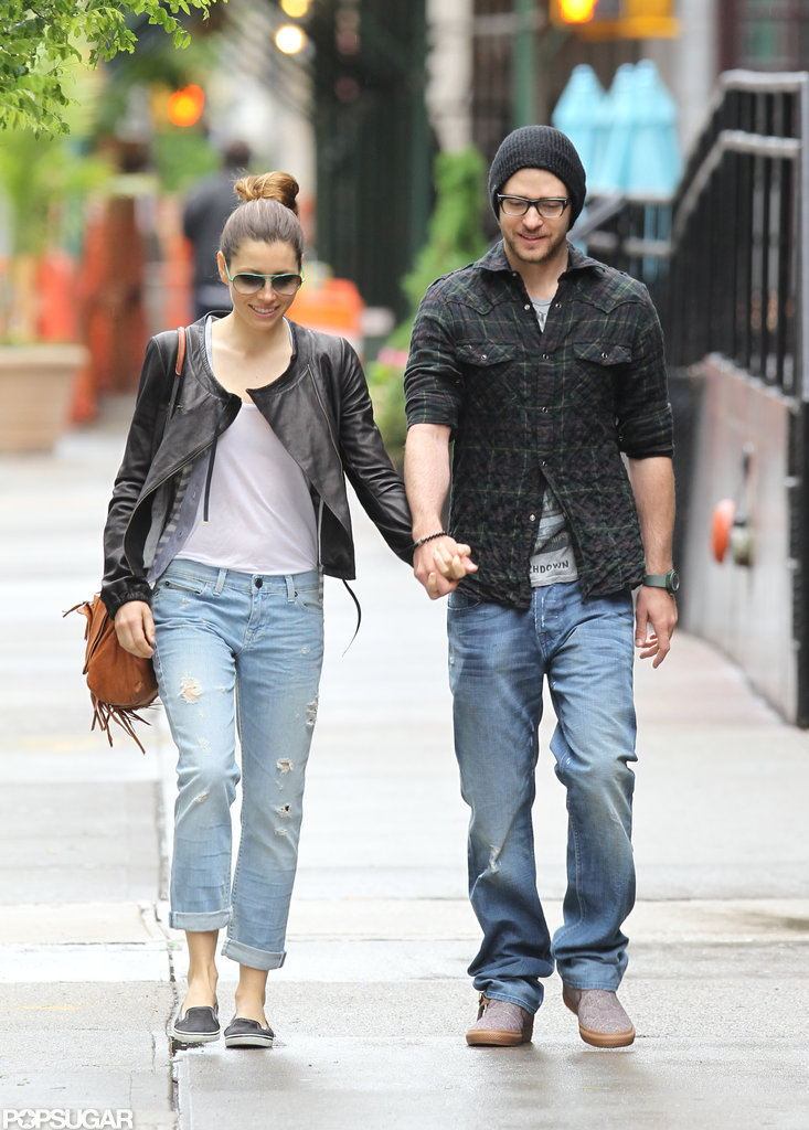 Jessica Biel and Justin Timberlake walked around NYC together in May 2010.