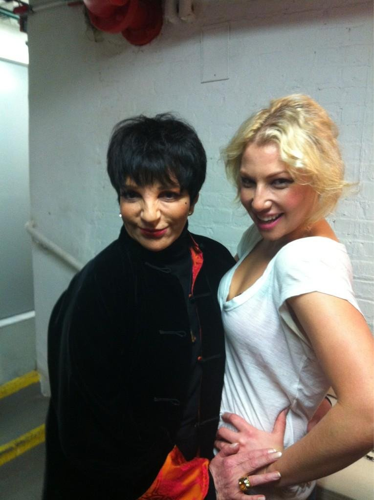 Ari Graynor met Liza Minnelli. Source: Twitter user AGraynor