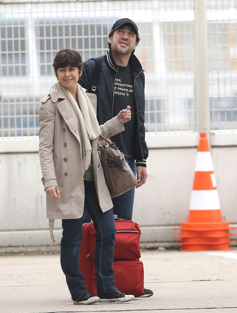 Penélope Cruz and Javier Bardem Land in France