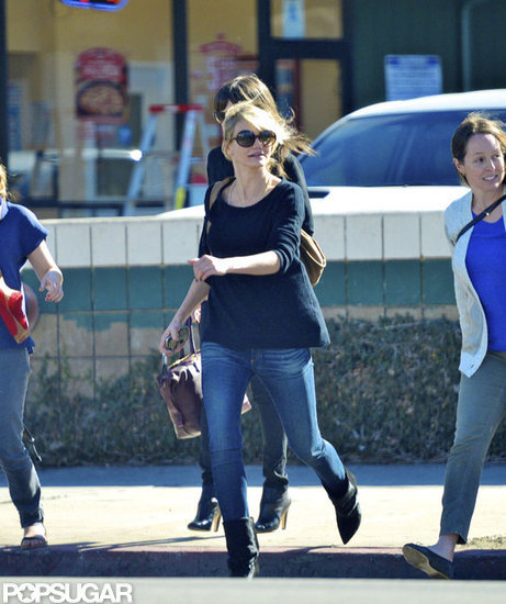 Cameron Diaz crossed the street with friends.