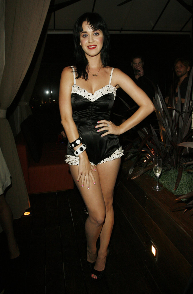 Katy Perry went black and white for an LA dinner honoring Rihanna in June 2008.