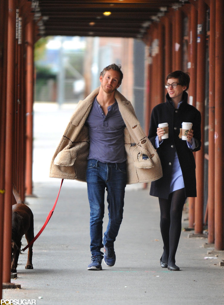 Anne Hathaway carried Starbucks in Brooklyn.