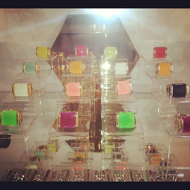 All the latest colours in the Lotus Mendes Goddess Ring family. Can't we have them all?!