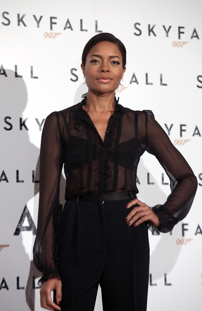 Naomie Harris wore an all-black ensemble to the photocall.