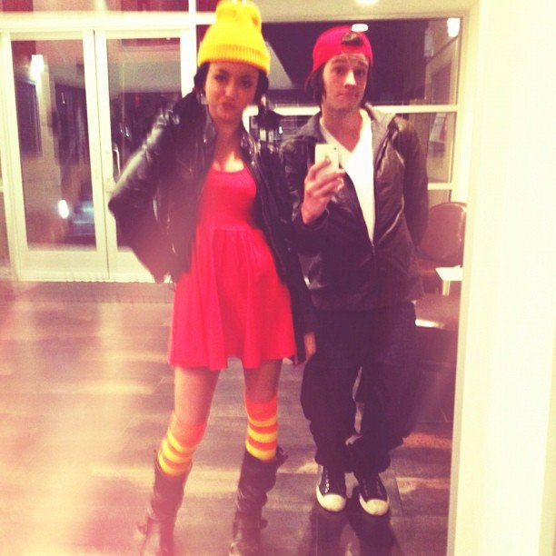 T.J. and Spinelli Modern Family's Sarah Hyland and her boyfriend dressed up as T.J. and Spinelli from Recess. Source: Instagram user therealsarahhyland
