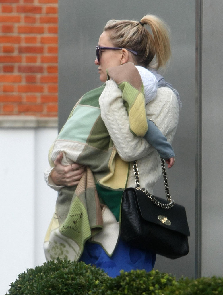 Kate Hudson carried Bingham in London.