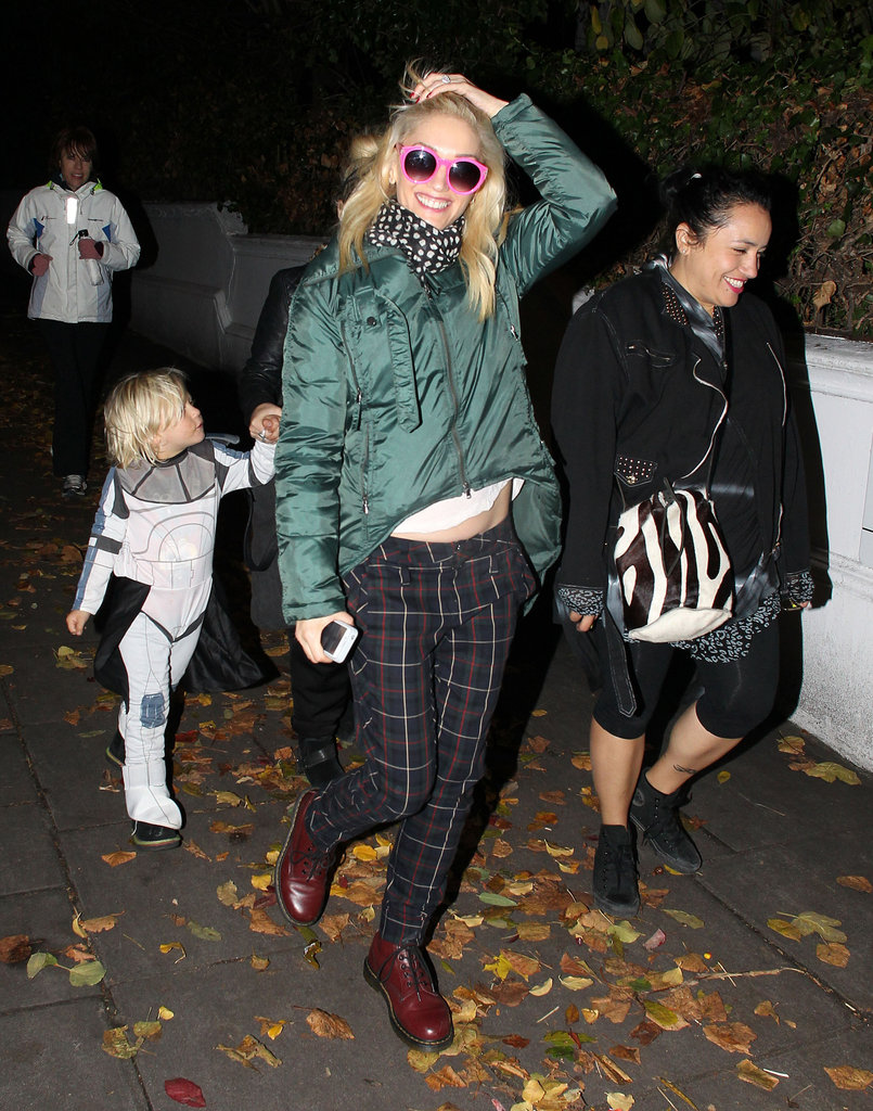 Gwen Stefani and Zuma Rossdale hit the London streets.