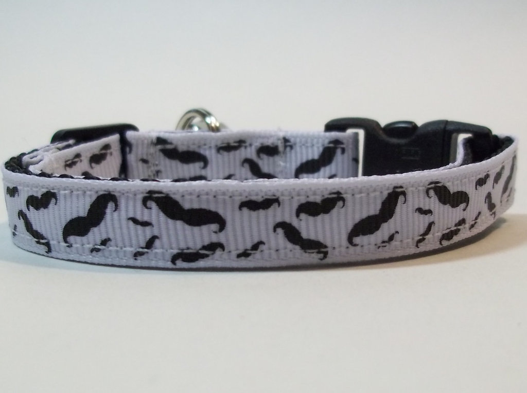 Mustache Breakaway Cat Collar